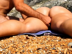 massage-girl-pussy-and-ass-at-beach
