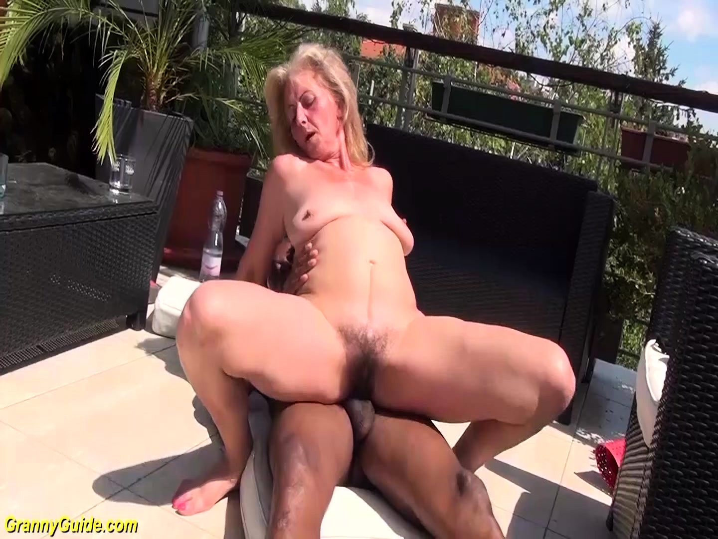Sexy blonde pussy
