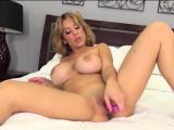 Alyssa Lynn in Big Tit Heaven