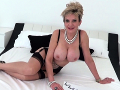 british-mature-lady-sonia-dirty-talk-and-masturbating
