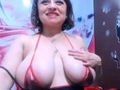 colombian-woman-showing-pussy-in-fron-webcam
