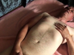 chubby-and-daddy-playing