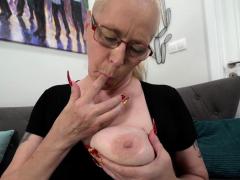 spex-granny-creampied