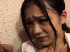 Breathtaking japanese nurse gives a smokin' sexy oral sex