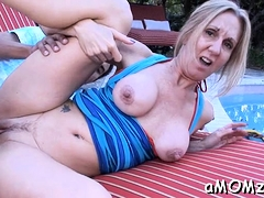 Captivating Mature Jenna Covelli Enjoys Poontang Stretch