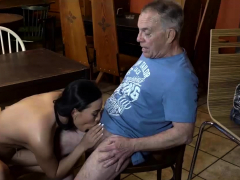 daddy4k-old-man-gets-hypno-by-the-look