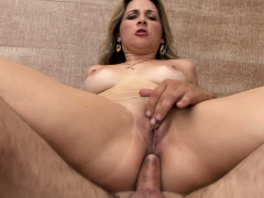 sexy-babe-got-fucked-in-her-ass