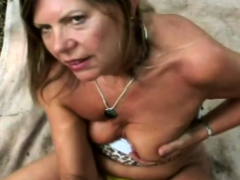 cool-granny-has-a-vast-experience-on-wet-and-slippery-bj