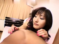 japanese-pussy-close-up-toying
