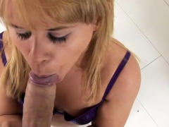 ambitious-elizabeth-bentley-s-poon-tang-gets-fully-satisfied