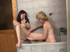 Im shoked! Old parents fuck my GF her in the bath
