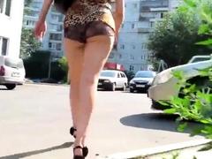 sexy-ass-walk-on-the-street
