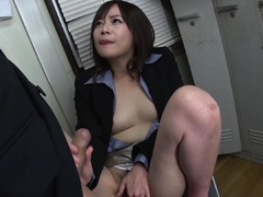 japanese-secretary-asuka-kyono-sucks-dick-uncensored