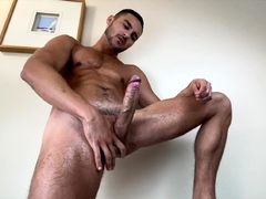 see-milan-solo-outdoors