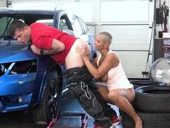 Rim4k. After A Hard Shift In The Garage, Man Receives