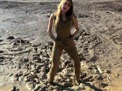 masturbation-in-the-mud