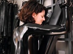 latex-and-ultra-fetish-bdsm-copulate