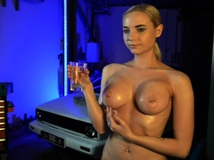 glorias-erotical-striptease-and-masturbation-in-bed