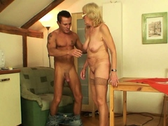 my-girlfriends-mom-is-very-horny-old-bitch