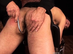 roman-madlec-spanking