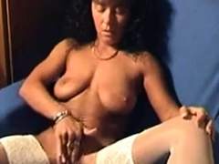 mature bitch videos herself masturbating to orgasm