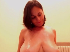 Solo Big Tits MILF Plays With A Dildo