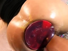 gigantic-butt-plug-and-fisting-dp-huge-pussy