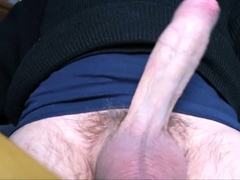 Hand job in close-up!