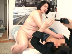 asian amateur mature girl screwing doggystyle with cumshot