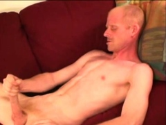 Amateur Bill Beating Off