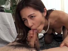 big-tit-brunette-sucks-a-big-cock-blowjob-pov