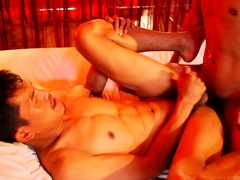 Asian cocksucker barebacked by twink bf