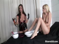 Slutty Blond Chick Gets Pussy Fucked Part4