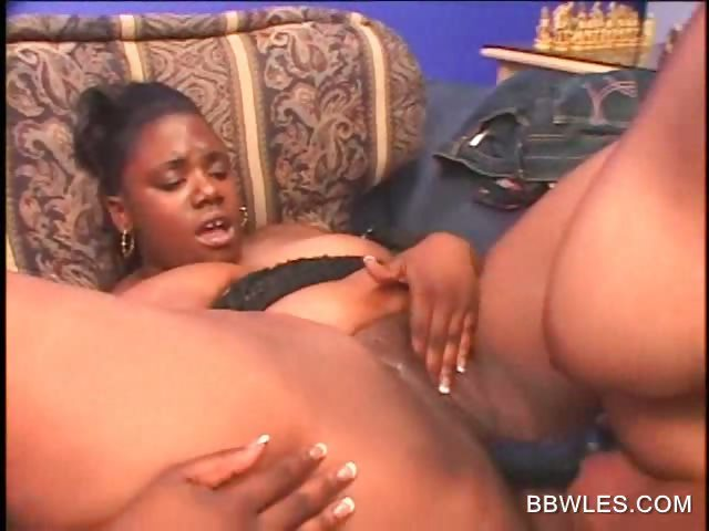 Ebony Bbw Throwing Back