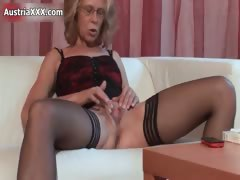 Nasty Mature Whore Gets Horny Rubbing Part5