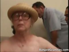 Big Boobed Brunette Milf Slut Sucking Part6